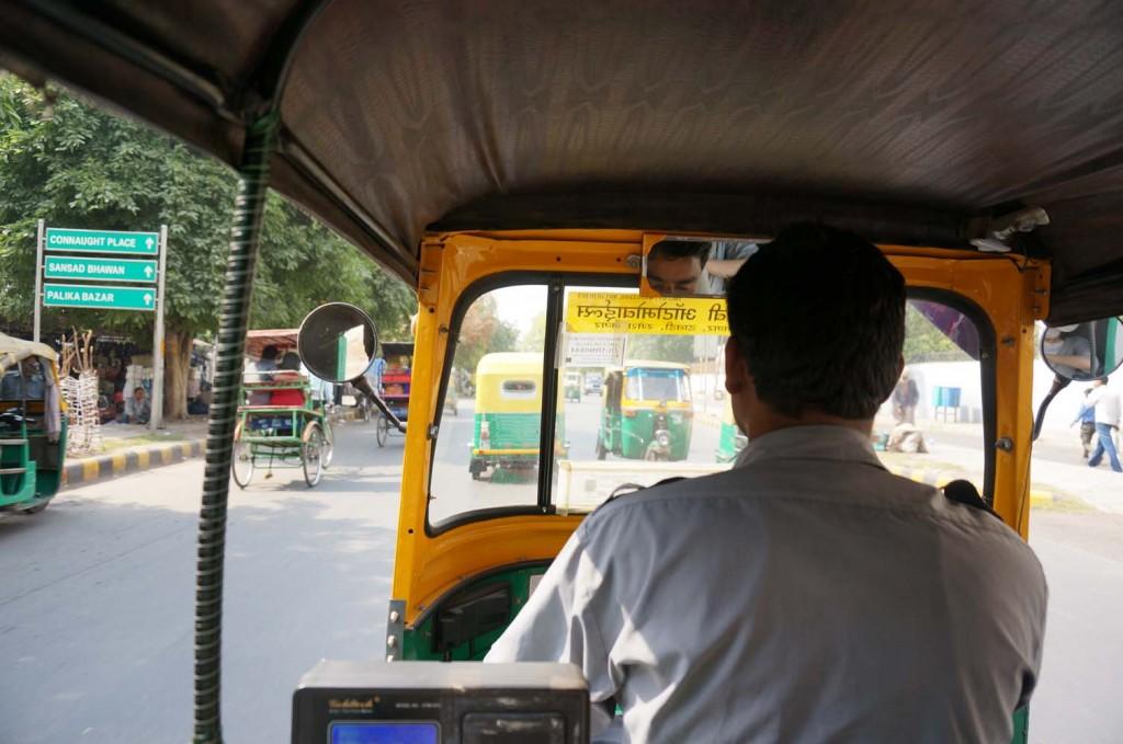 0004 バイクタクシー