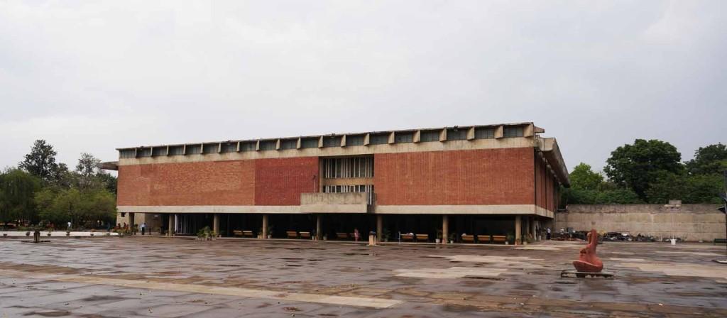 0021-1 チャンディーガル美術館