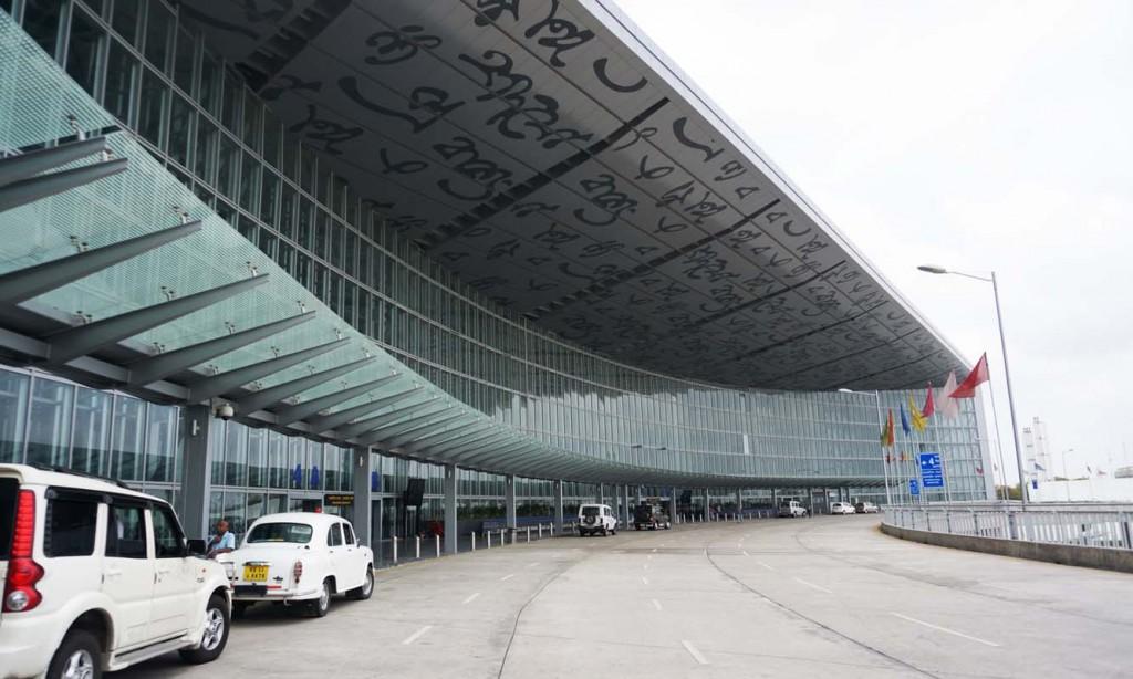 029 コルカタ空港1
